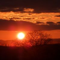 Sun set over Herefordshire, Стретфорд
