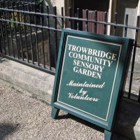 Trowbridge - Sensory Garden (700 years old), Траубридж