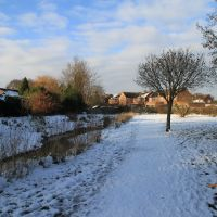 Cove Brook Greenway in the snow, Фарнборо