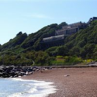 Folkestone beach & Leas Cliff Hall, Фолькстон