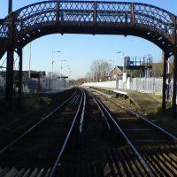the old foot bridge on bedhampton level crossing, Хавант