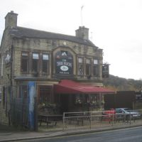 The Three Pigeons, Halifax, Халифакс