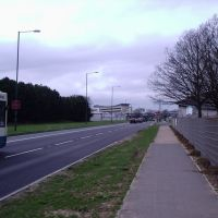 Near Centre, Харлоу