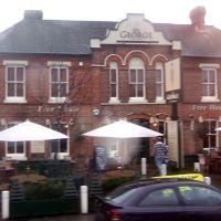 The George, Harpenden, Харпенден
