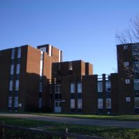 Broad Hall in college lane campus university of Hertfordshire, Хатфилд