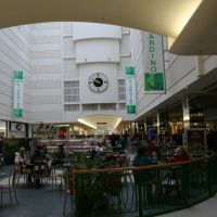The Marlowes Shopping Centre, Хемел-Хемпстед