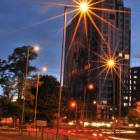 Magic Roundabout and the Kodak building, Hemel Hempstead, Хемел-Хемпстед