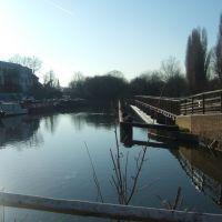 Bengeo Weir, River Lee, Hertford, Хертфорд