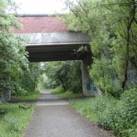 Lkn NW on the former Whelley Loop Line at the Makerfiied Way Road Bridge, Хиндли