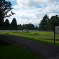 Tennis courts, Хинкли