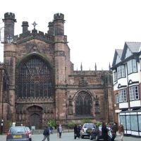 West gate of Cathedral, Chester, Честер