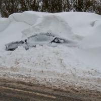 CAR STUCK IN THE SNOW, CHORLEY, LANCASHIRE, ENGLAND., Чорли