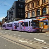 Supertram on West Street, Sheffield S1, Шеффилд