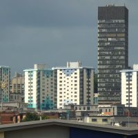 Netherthorpe high rise and University of Sheffield Arts Tower from the Wicker Arches, Sheffield S3/S10, Шеффилд