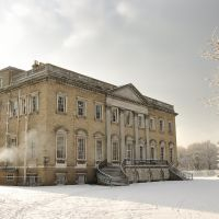 Claremont Mansion in the January snow, Эшер
