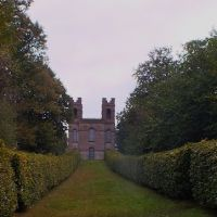 Belverdere Towers,Claremont Gardens,Portsmouth Rd,Esher Surrey, Эшер