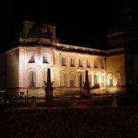 Cardiff city hall at night, (Caerdydd, Cymru), Кардифф