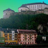 AUT Kufstein Historisches Festung [Inn] from Innbruecke by KWOT, Куфштайн