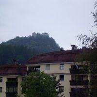Blick zur Burg Thierberg (ca. 1280 erbaut) in der Nähe von Kufstein, Куфштайн