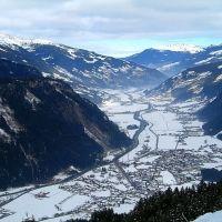 Mayrhofen vanaf Ahorn dalafdaling, Майрхофен