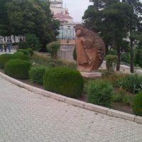 """Angle""  Statue near Rep. Sq.  2011aug.Stepanakert, Степанокерт"