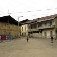 Одна из площадей старого Гадрута, Гадрут