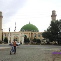 Mərkəzi Məscid - Nərimanov küçəsindən görünüş / Central Mosque (23.06.2011)  @qan, Казах