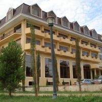 mingachevir new hotel by kura river, Хачмас