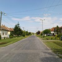 Mátyás király utca, Байя