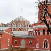 Москва. Петровский путевой дворец, Лениградский