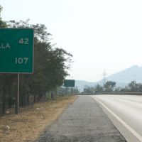 DPAK MALHOTRA, Road Sign, Durtagati Marg NH4 - Mumbai Pune xpressway, Maharashtra, Bharat, Ашт