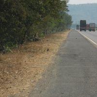 DPAK MALHOTRA, Milestone, Durtagati Marg NH4 - Mumbai Pune xpressway, Maharashtra, Bharat, Ашт