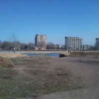 у озера, Чкаловск