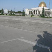 Prezidento rūmai, apsauga ir autorius, Ашхабад