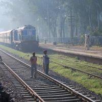 Una parada del tren es un descanso a los viajeros, Кара-Кала
