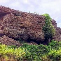Đá trên đỉnh núi - the rocks are created from lava of ancient volcano, Кан-То