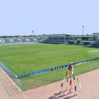 Stadion Guzor, Гузар