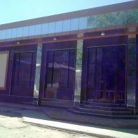 возле бахор кино театра, Каттакурган