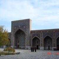 Tilla Kari Madrasa, Registan, 1646-60, inner courtyard, Самарканд
