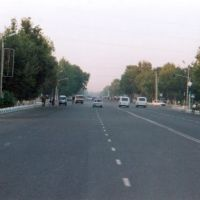 Straße zum Bahnhof, Термез