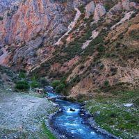 Tajikistan, Orhu river, Узун
