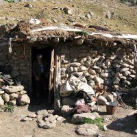 Dugoba, shepherds hut, Кува