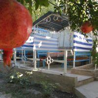 Kadamzhay, cafe Uyut (cosiness), Кува