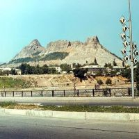 холм Тахта-и-Сулейман, Кувасай