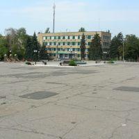площадь утром, Амвросиевка