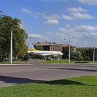 Самолёт на проспекте, Енакиево