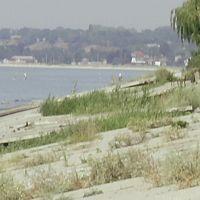 Брошенный пляж, Новоазовск