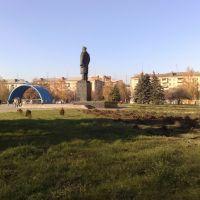 lenin, vid szadi:-), Славянск
