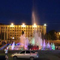 Площа Революції, Славянск
