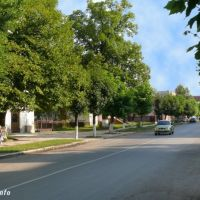 Центральна вулиця, Великий Березный